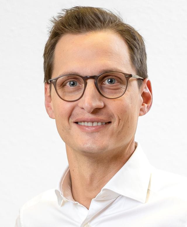 Prof. Dr. Valentin Becker